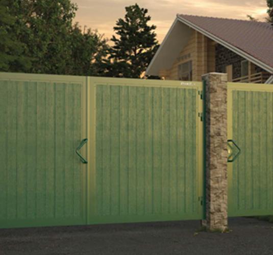 Уличные ворота с калиткой и забором