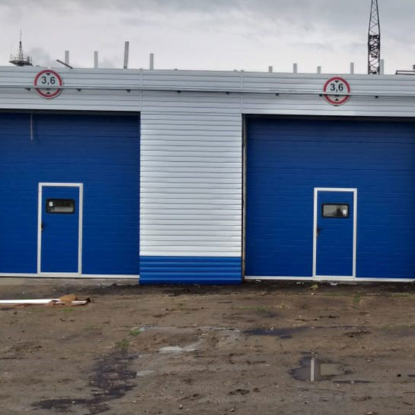 Секционные промышленные ворота с калиткой, Чистопольский р-н, РТ